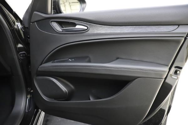 New 2020 Alfa Romeo Stelvio Sport Q4 for sale $49,695 at Maserati of Greenwich in Greenwich CT 06830 25