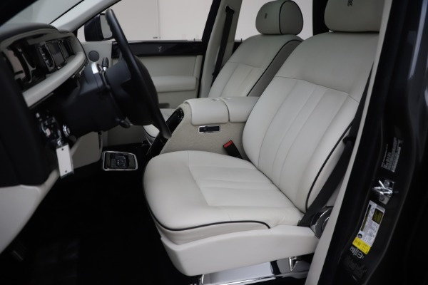 Used 2013 Rolls-Royce Phantom for sale Sold at Maserati of Greenwich in Greenwich CT 06830 11