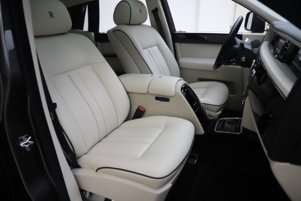Used 2013 Rolls-Royce Phantom for sale Sold at Maserati of Greenwich in Greenwich CT 06830 19