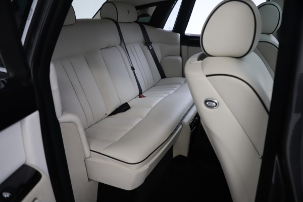 Used 2013 Rolls-Royce Phantom for sale Sold at Maserati of Greenwich in Greenwich CT 06830 20