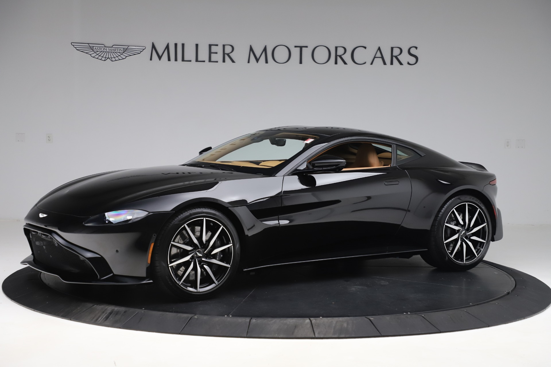 New 2020 Aston Martin Vantage Coupe for sale $183,879 at Maserati of Greenwich in Greenwich CT 06830 1