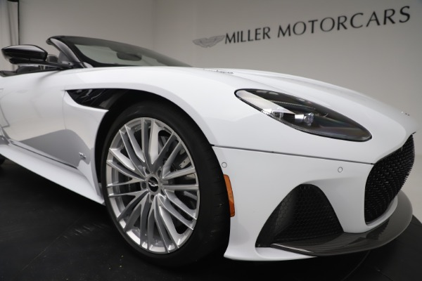 New 2020 Aston Martin DBS Superleggera Volante Convertible for sale $353,931 at Maserati of Greenwich in Greenwich CT 06830 24