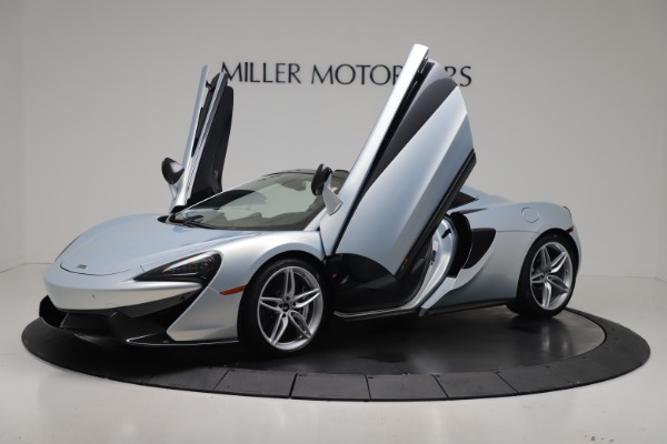 New 2020 McLaren 570S Spider Convertible for sale $256,990 at Maserati of Greenwich in Greenwich CT 06830 24
