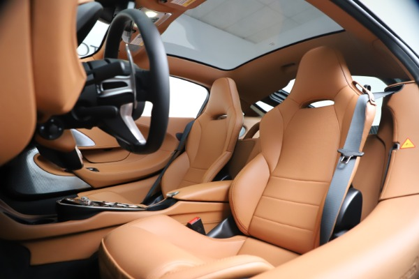 New 2020 McLaren GT Luxe for sale $244,675 at Maserati of Greenwich in Greenwich CT 06830 17