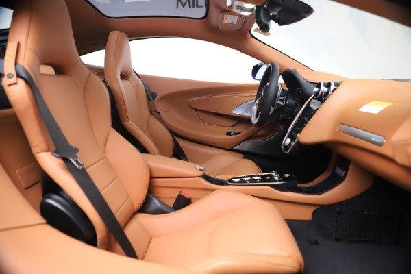 New 2020 McLaren GT Coupe for sale $244,675 at Maserati of Greenwich in Greenwich CT 06830 19