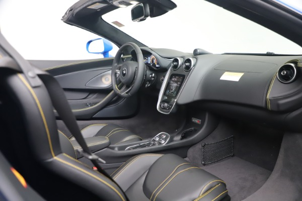 New 2020 McLaren 570S Spider Convertible for sale $236,270 at Maserati of Greenwich in Greenwich CT 06830 26