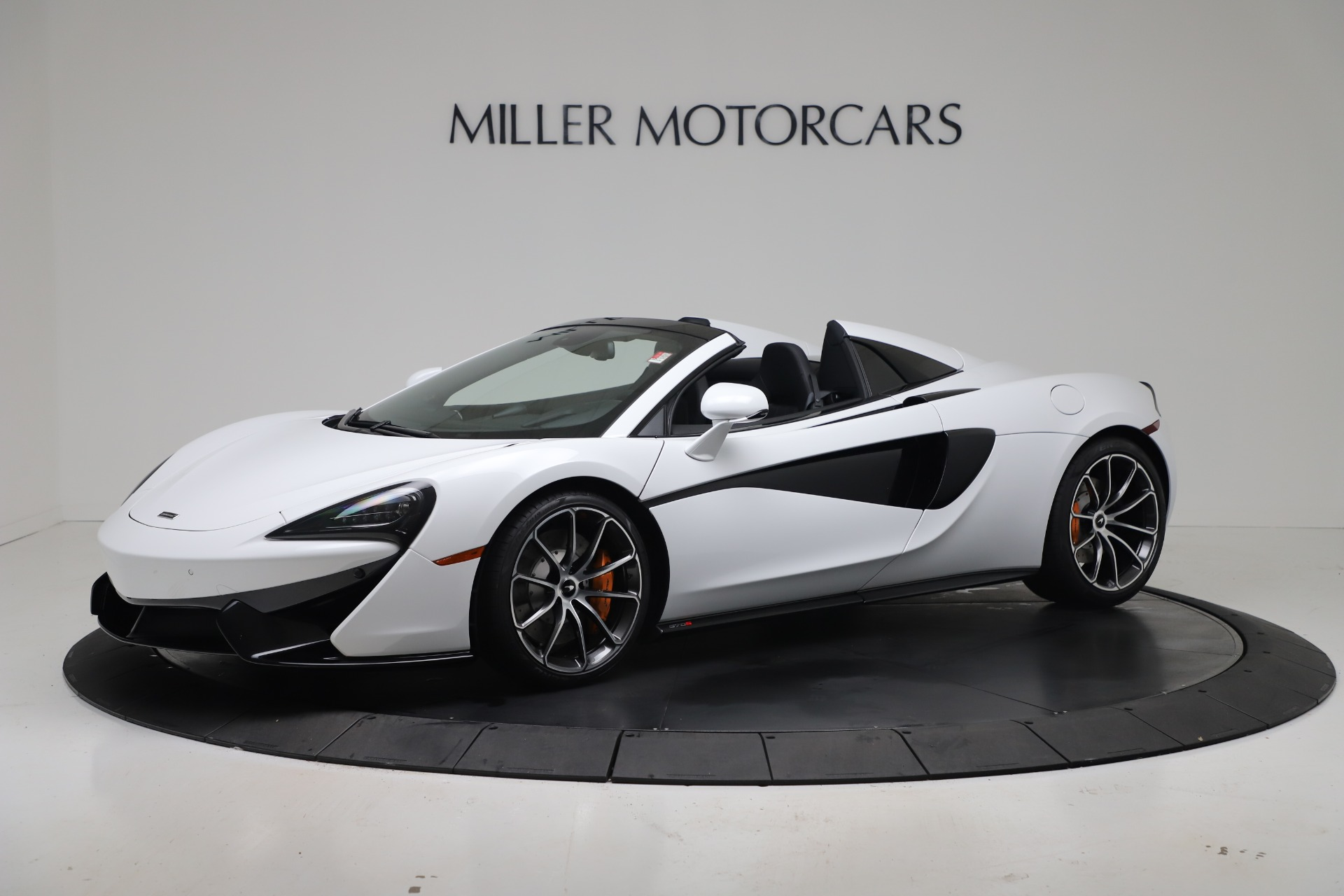 New 2020 McLaren 570S Spider Convertible for sale $231,150 at Maserati of Greenwich in Greenwich CT 06830 1