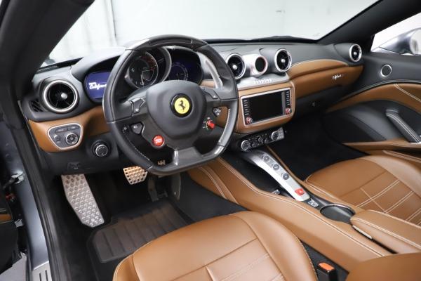 Used 2016 Ferrari California T for sale $142,900 at Maserati of Greenwich in Greenwich CT 06830 25