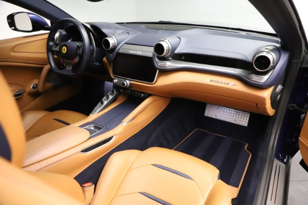 Used 2017 Ferrari GTC4Lusso for sale $204,900 at Maserati of Greenwich in Greenwich CT 06830 18