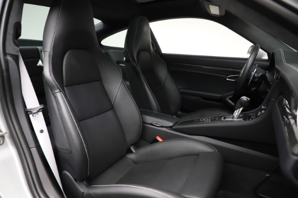 Used 2015 Porsche 911 Turbo S for sale $121,900 at Maserati of Greenwich in Greenwich CT 06830 19