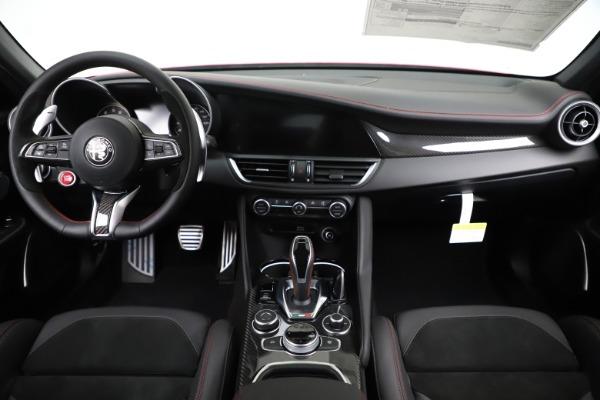 New 2020 Alfa Romeo Giulia Quadrifoglio for sale $83,590 at Maserati of Greenwich in Greenwich CT 06830 16