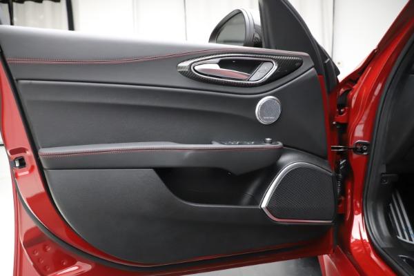 New 2020 Alfa Romeo Giulia Quadrifoglio for sale $83,590 at Maserati of Greenwich in Greenwich CT 06830 17