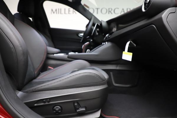 New 2020 Alfa Romeo Giulia Quadrifoglio for sale $83,590 at Maserati of Greenwich in Greenwich CT 06830 23
