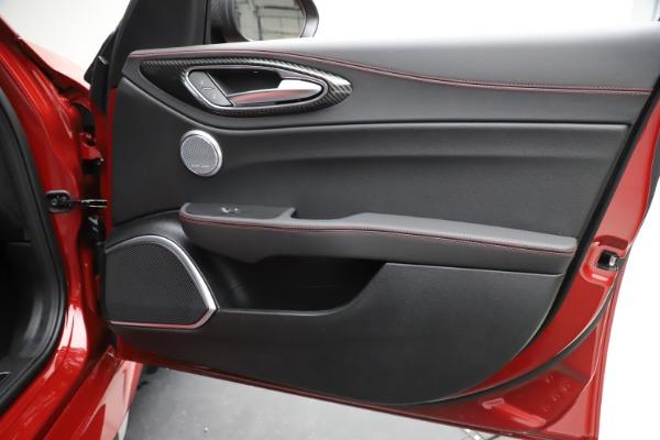 New 2020 Alfa Romeo Giulia Quadrifoglio for sale $83,590 at Maserati of Greenwich in Greenwich CT 06830 25