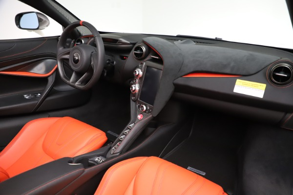 New 2020 McLaren 720S Spider Performance for sale $386,289 at Maserati of Greenwich in Greenwich CT 06830 23
