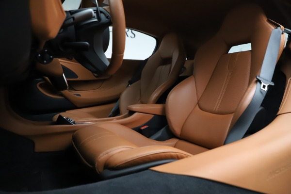 Used 2017 McLaren 570S for sale $154,900 at Maserati of Greenwich in Greenwich CT 06830 15