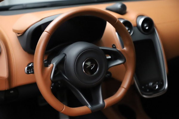 Used 2017 McLaren 570S for sale $154,900 at Maserati of Greenwich in Greenwich CT 06830 16