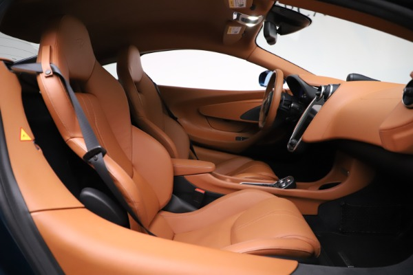 Used 2017 McLaren 570S for sale $154,900 at Maserati of Greenwich in Greenwich CT 06830 19