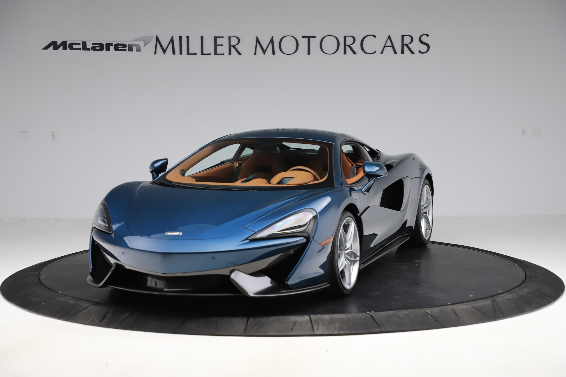 Used 2017 McLaren 570S for sale $154,900 at Maserati of Greenwich in Greenwich CT 06830 1