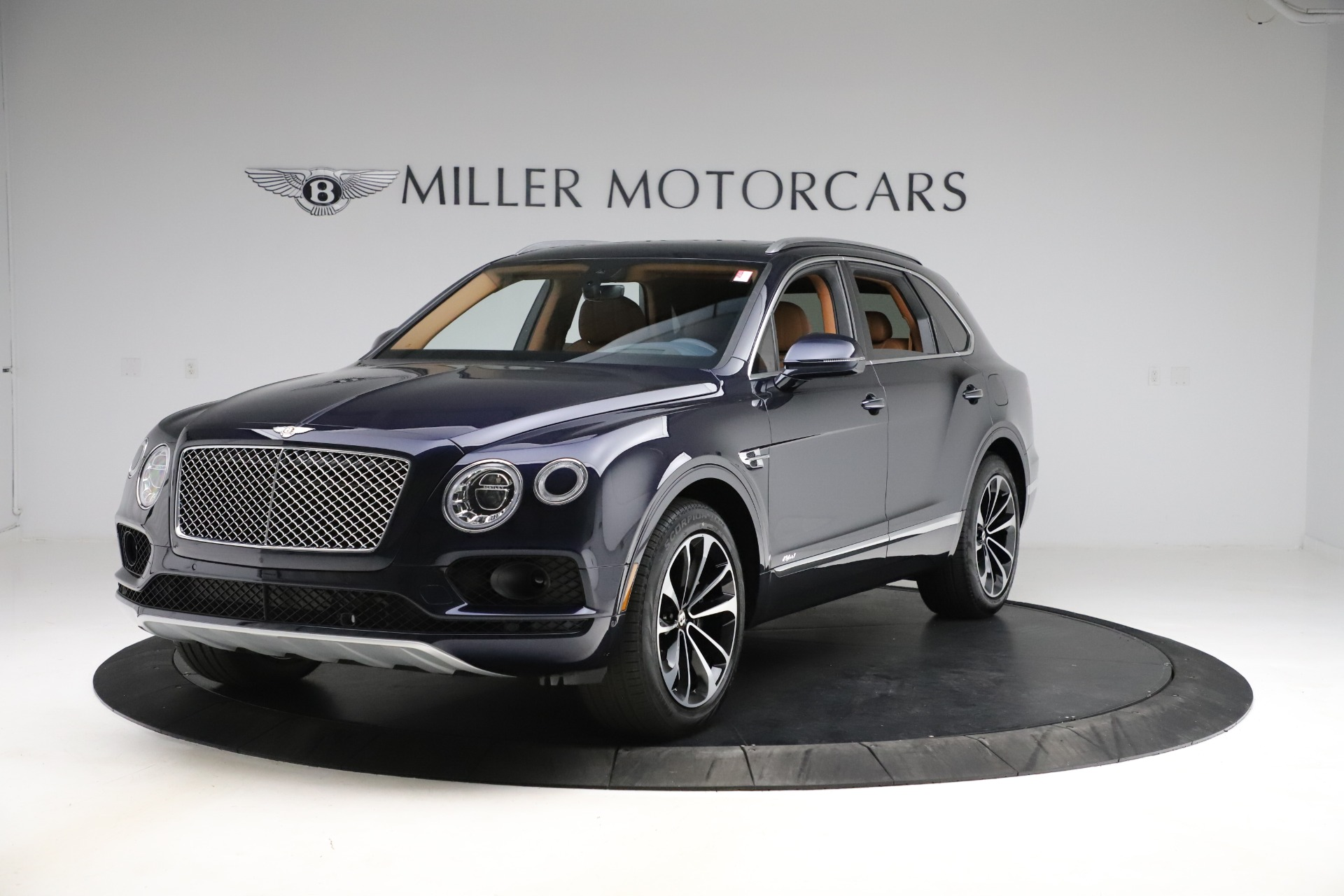 New 2020 Bentley Bentayga Hybrid for sale $189,500 at Maserati of Greenwich in Greenwich CT 06830 1
