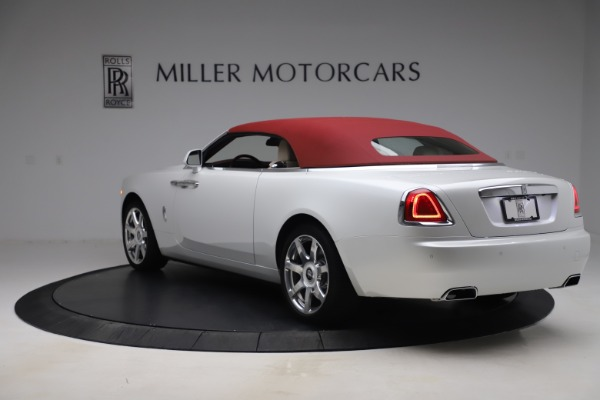 Used 2016 Rolls-Royce Dawn for sale $239,900 at Maserati of Greenwich in Greenwich CT 06830 14