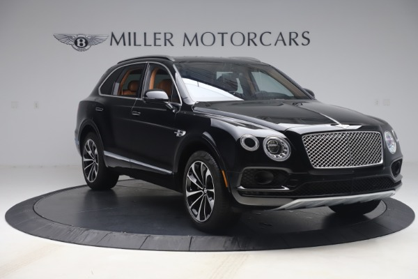 Used 2017 Bentley Bentayga W12 for sale $149,900 at Maserati of Greenwich in Greenwich CT 06830 12