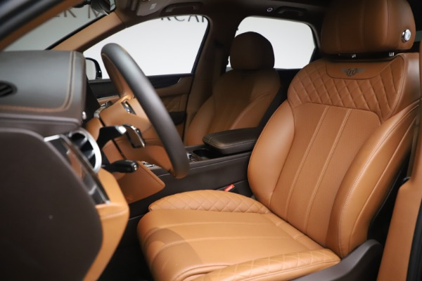 Used 2017 Bentley Bentayga W12 for sale $149,900 at Maserati of Greenwich in Greenwich CT 06830 17