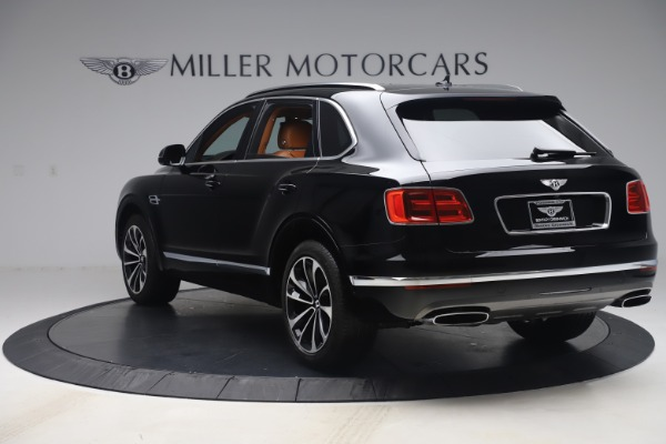 Used 2017 Bentley Bentayga W12 for sale $149,900 at Maserati of Greenwich in Greenwich CT 06830 5