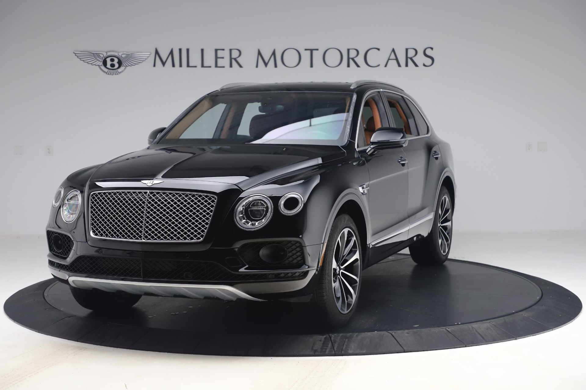 Used 2017 Bentley Bentayga W12 for sale $149,900 at Maserati of Greenwich in Greenwich CT 06830 1
