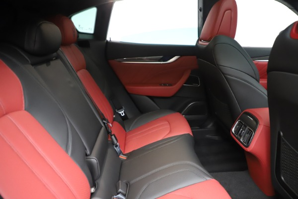 New 2020 Maserati Levante S Q4 GranSport for sale $99,985 at Maserati of Greenwich in Greenwich CT 06830 27
