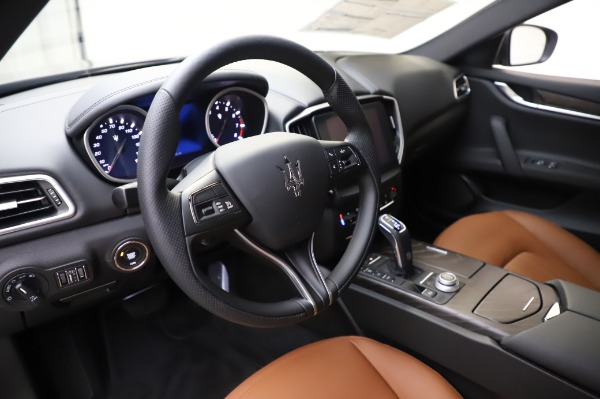 New 2020 Maserati Ghibli S Q4 for sale $82,385 at Maserati of Greenwich in Greenwich CT 06830 13
