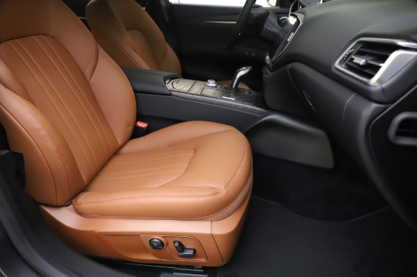 New 2020 Maserati Ghibli S Q4 for sale $82,385 at Maserati of Greenwich in Greenwich CT 06830 24