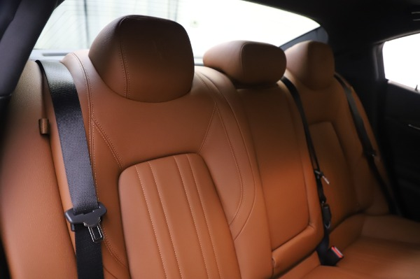New 2020 Maserati Ghibli S Q4 for sale $82,385 at Maserati of Greenwich in Greenwich CT 06830 26
