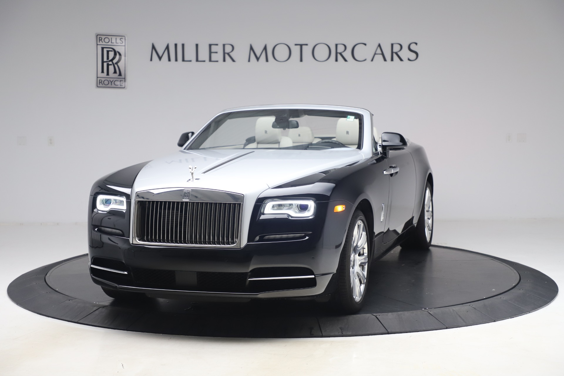 Used 2017 Rolls-Royce Dawn for sale Sold at Maserati of Greenwich in Greenwich CT 06830 1