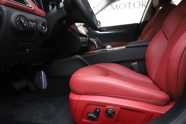 New 2020 Maserati Ghibli S Q4 for sale Sold at Maserati of Greenwich in Greenwich CT 06830 14