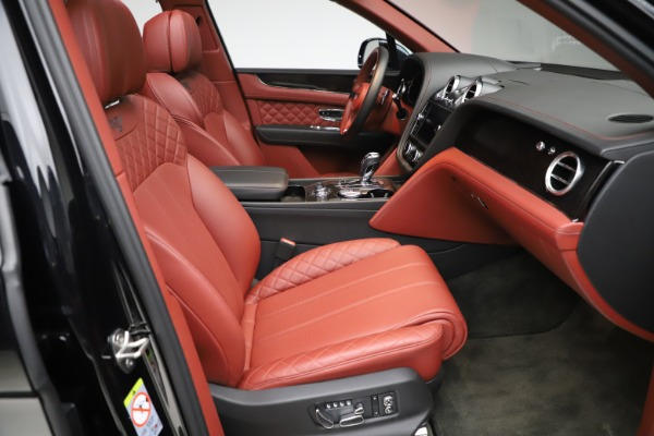 Used 2017 Bentley Bentayga W12 for sale $145,900 at Maserati of Greenwich in Greenwich CT 06830 26