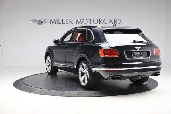 Used 2017 Bentley Bentayga W12 for sale $145,900 at Maserati of Greenwich in Greenwich CT 06830 5