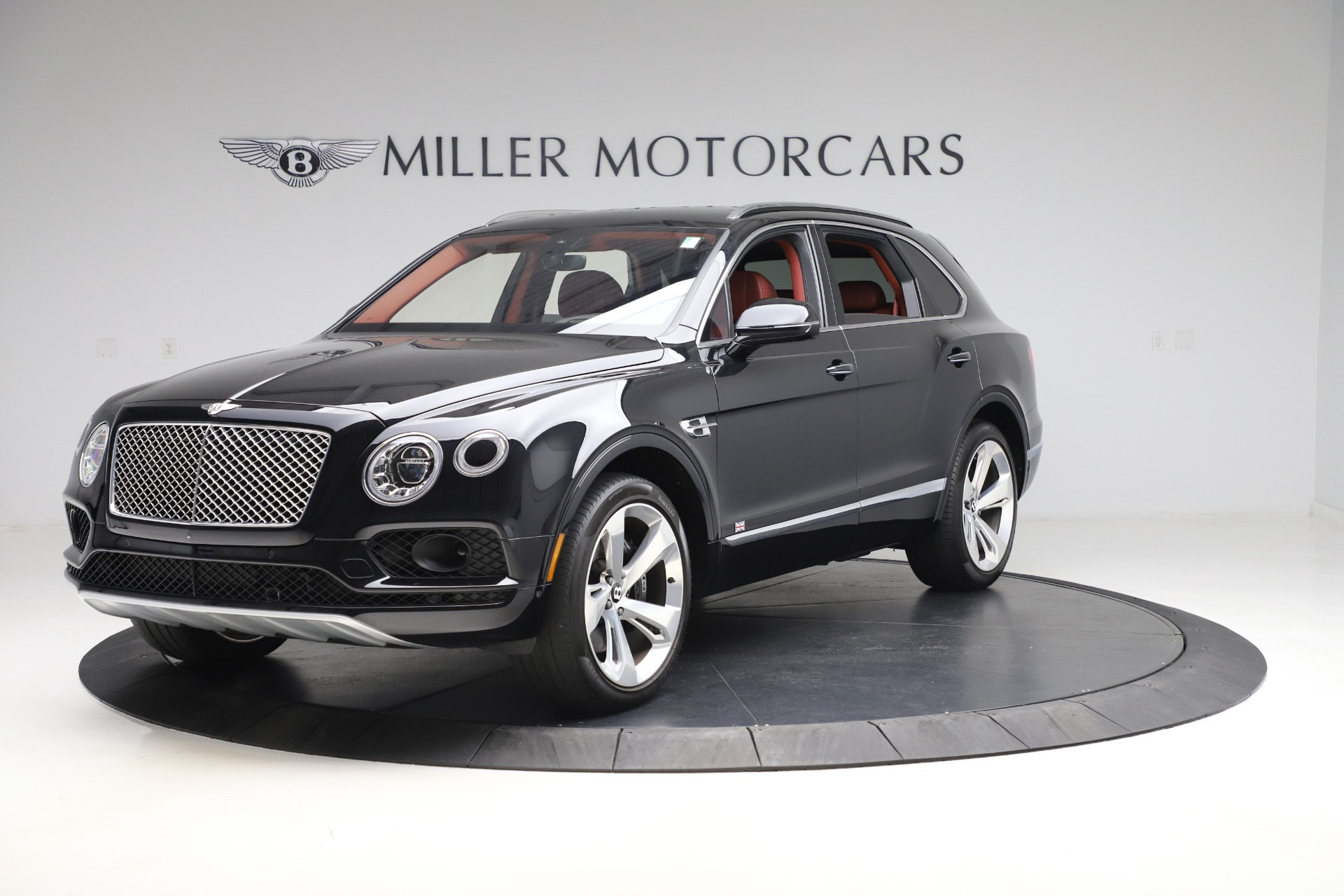 Used 2017 Bentley Bentayga W12 for sale $145,900 at Maserati of Greenwich in Greenwich CT 06830 1