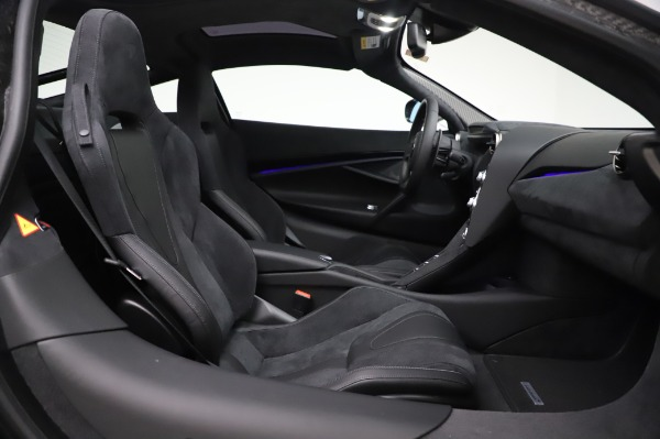 New 2020 McLaren 720S Coupe for sale $347,550 at Maserati of Greenwich in Greenwich CT 06830 17