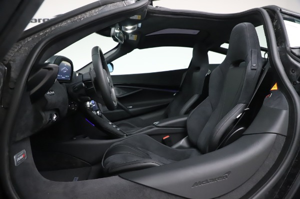 New 2020 McLaren 720S Coupe for sale $347,550 at Maserati of Greenwich in Greenwich CT 06830 19