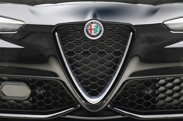 New 2020 Alfa Romeo Giulia Sport Q4 for sale Sold at Maserati of Greenwich in Greenwich CT 06830 13