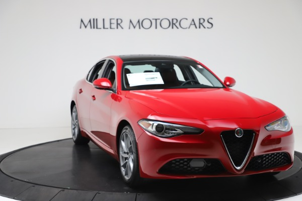 New 2020 Alfa Romeo Giulia Q4 for sale $46,395 at Maserati of Greenwich in Greenwich CT 06830 11