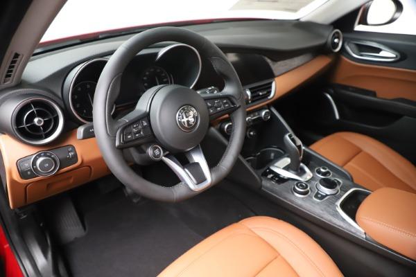 New 2020 Alfa Romeo Giulia Q4 for sale $46,395 at Maserati of Greenwich in Greenwich CT 06830 13