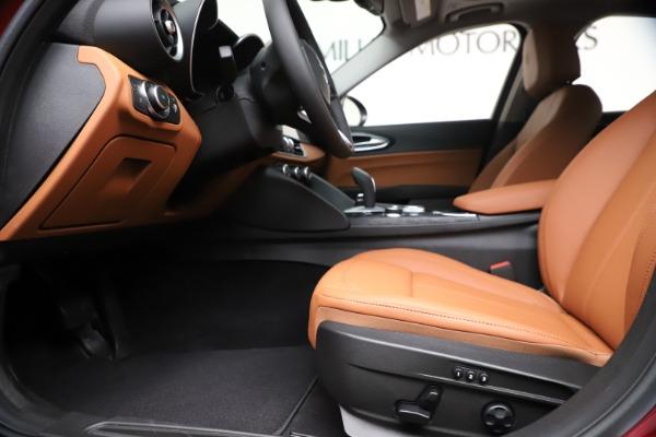 New 2020 Alfa Romeo Giulia Q4 for sale $46,395 at Maserati of Greenwich in Greenwich CT 06830 14