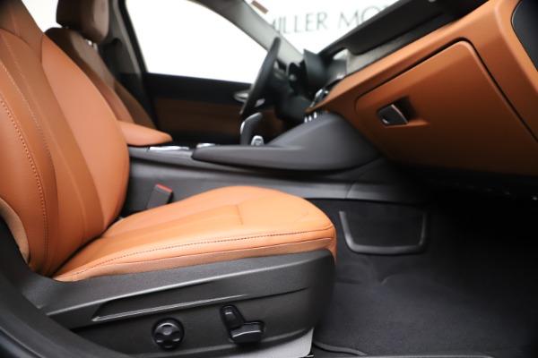New 2020 Alfa Romeo Giulia Q4 for sale $46,395 at Maserati of Greenwich in Greenwich CT 06830 23