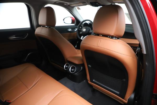 New 2020 Alfa Romeo Giulia Q4 for sale $46,395 at Maserati of Greenwich in Greenwich CT 06830 28