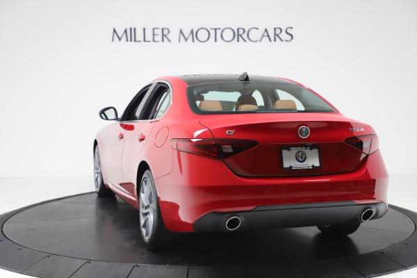 New 2020 Alfa Romeo Giulia Q4 for sale $46,395 at Maserati of Greenwich in Greenwich CT 06830 5