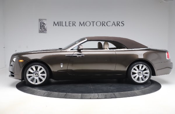 Used 2017 Rolls-Royce Dawn Base for sale $248,900 at Maserati of Greenwich in Greenwich CT 06830 14