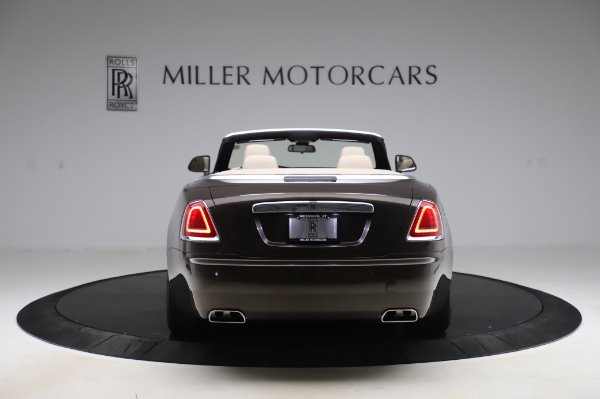 Used 2017 Rolls-Royce Dawn Base for sale $248,900 at Maserati of Greenwich in Greenwich CT 06830 6
