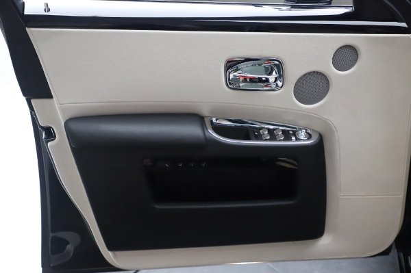 Used 2015 Rolls-Royce Ghost Base for sale Call for price at Maserati of Greenwich in Greenwich CT 06830 27